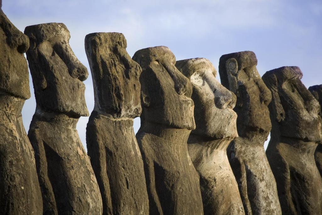 Таинственные_статуи_на_острове_Пасхи